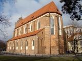 Kościół z zewnątrz-2