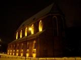 Kościół z zewnątrz-3